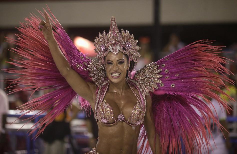[Image: rio-carnival-2013-samba-dancers.jpg]