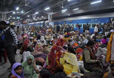 Stampede at Allahabad Station after Maha Kumbh Mela