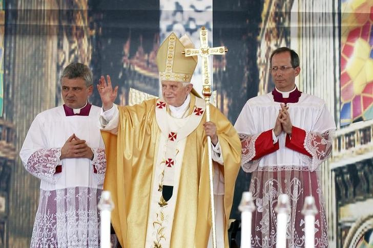 Pope Benedict XVI Resigns: Papal Leader's Foreign Visits in Photos [SLIDESHOW]