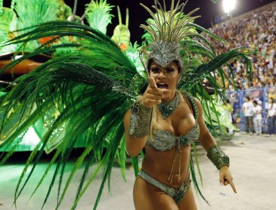 Rio Carnival 2013  Brazilian beauties Floats