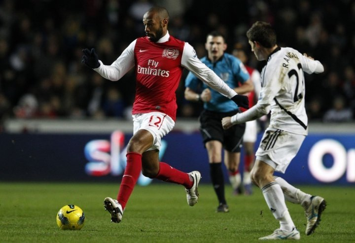 Thierry Henry (L)