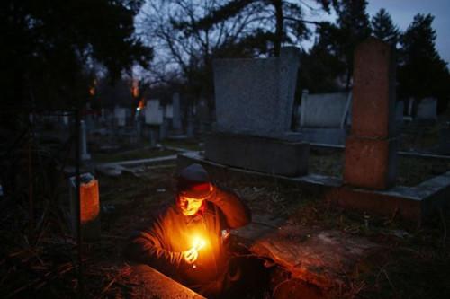 Bratislav Stojanovic settles down the dead in Nis