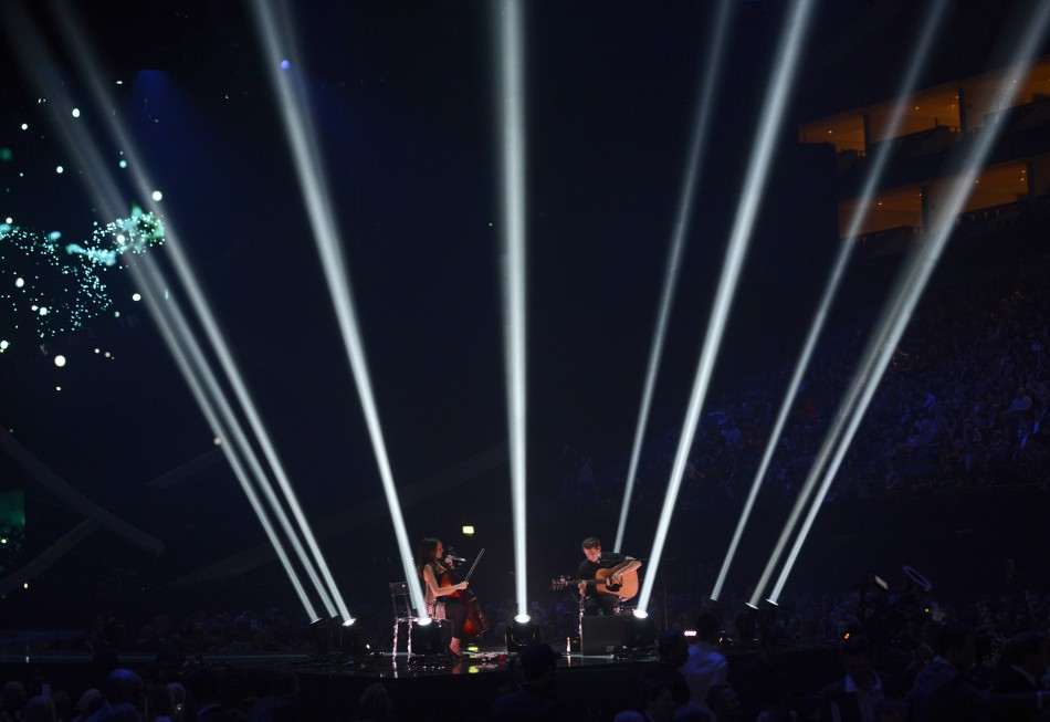 Singer Ben Howard (R) performs during the BRIT Awards, celebrating British pop music, at the O2 Arena in London February 20, 2013.