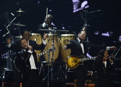 U.S. singer Justin Timberlake performs during the BRIT Awards, celebrating British pop music, at the O2 Arena in London February 20, 2013.