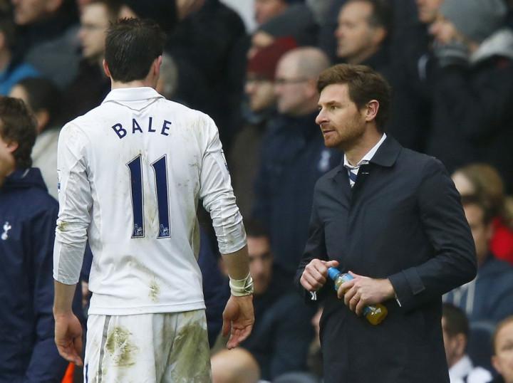 Andre Villas-Boas (R) and Gareth Bale