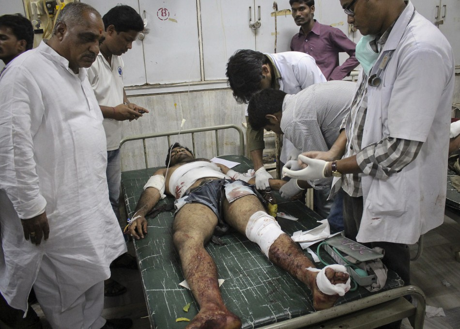 Doctors treat a victim who was injured during a bomb blast at the Indian city of Hyderabad (Reuters)