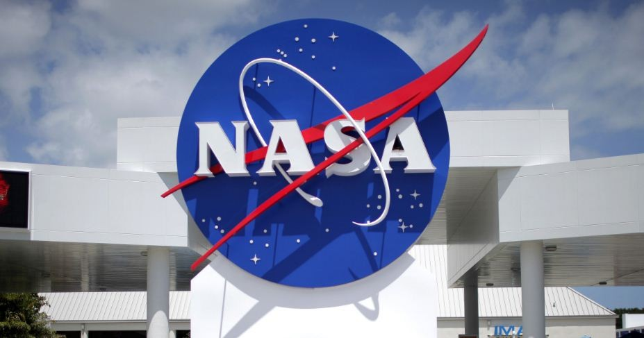 NASA Long-Distance Google  Hangout to Connect with Space Station