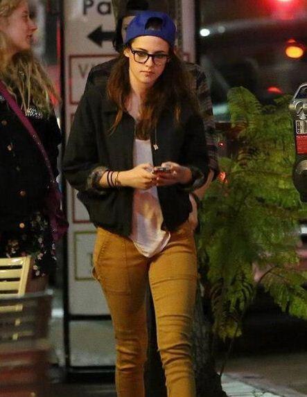 Kristen Stewart Parties With Robert Pattinsons Best