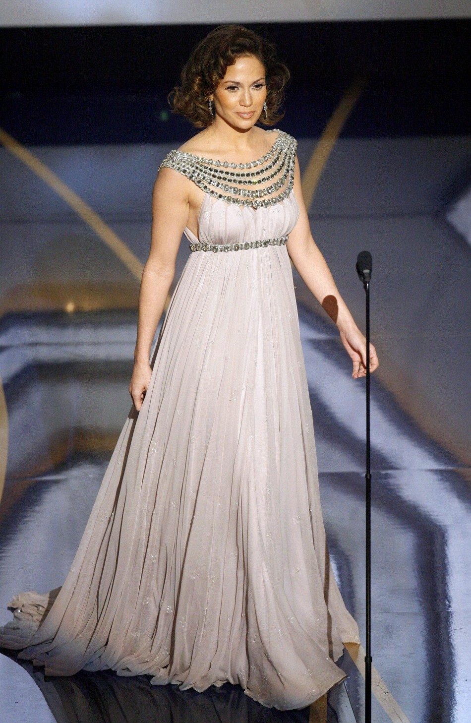 Actress and singer Jennifer Lopez walks on stage to introduce music performance from Dreamgirls at the 79th Annual Academy Awards in Hollywood, California, February 25, 2007.