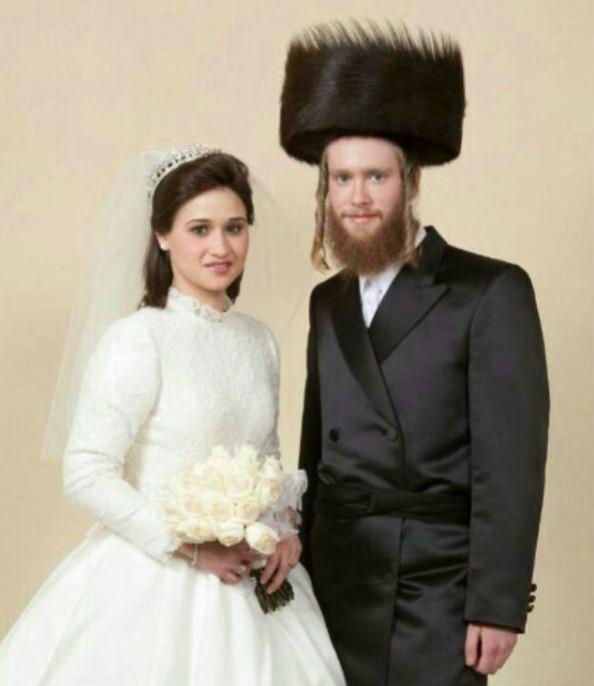 Glauber Couple at their Wedding last year