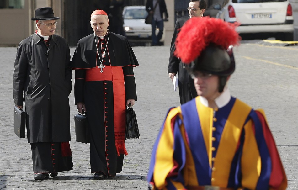 Bona fide Cardinals and a Swiss Guard