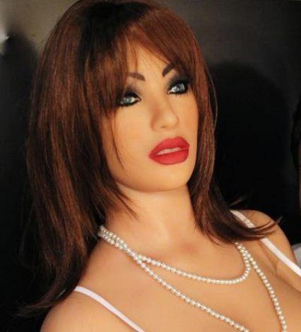 Brazilian Sex Doll Valentina