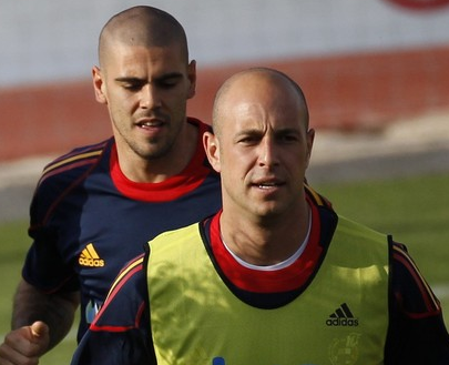 Pepe Reina and Victor Valdes
