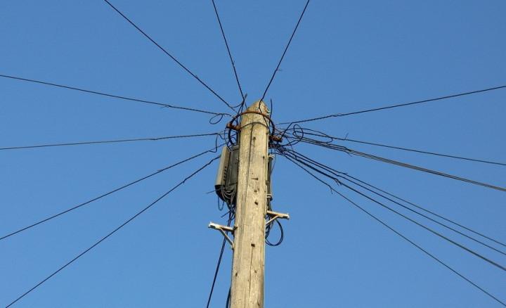 Phone mast fell on man in Wandsworth street