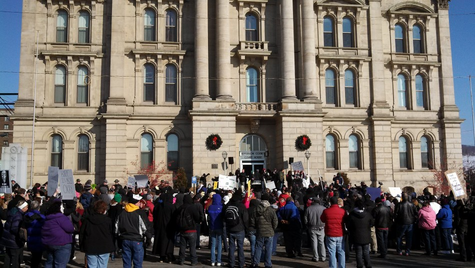 Protesters gathered to demonstrate against the handling of the case in front of the of the Jefferson County Courthouse (Reuters)