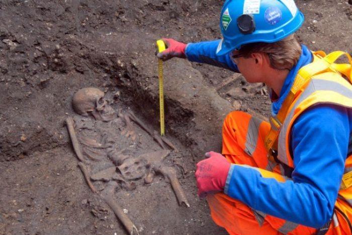 Farringdon burial pit