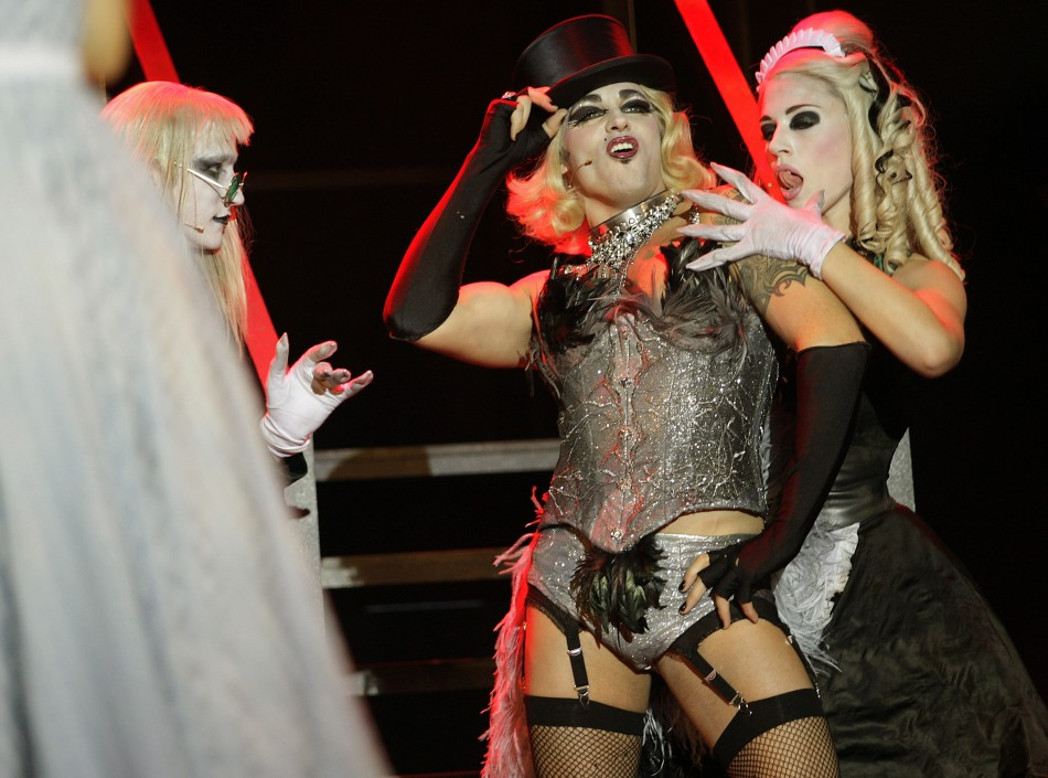 http://img.ibtimes.com/www/data/images/full/2013/03/18/354572-the-rocky-horror-show.jpg