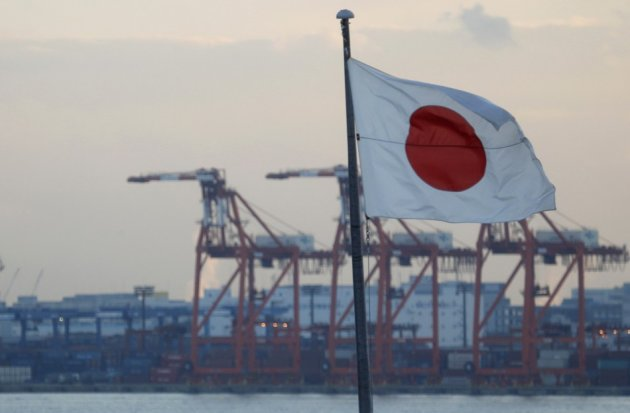 Japan's current account swings to surplus in February