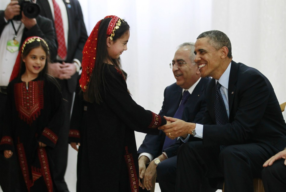 Barack Obama meets Palesinian children in Israel