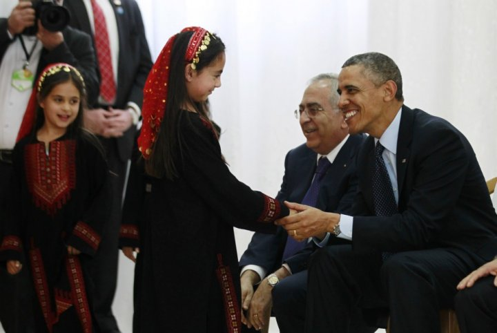 Barack Obama meets Palesinian children in Israel