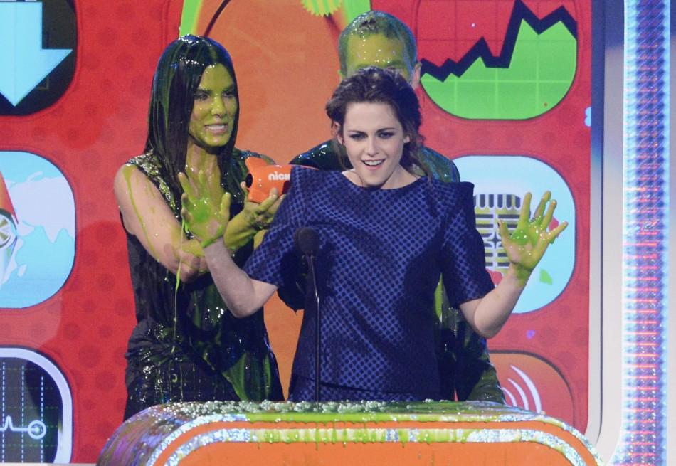 Kristen Stewart at the 2013 Kids Choice Awards