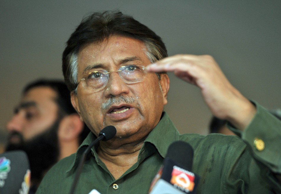 Pervez Musharraf Arrives in Pakistan