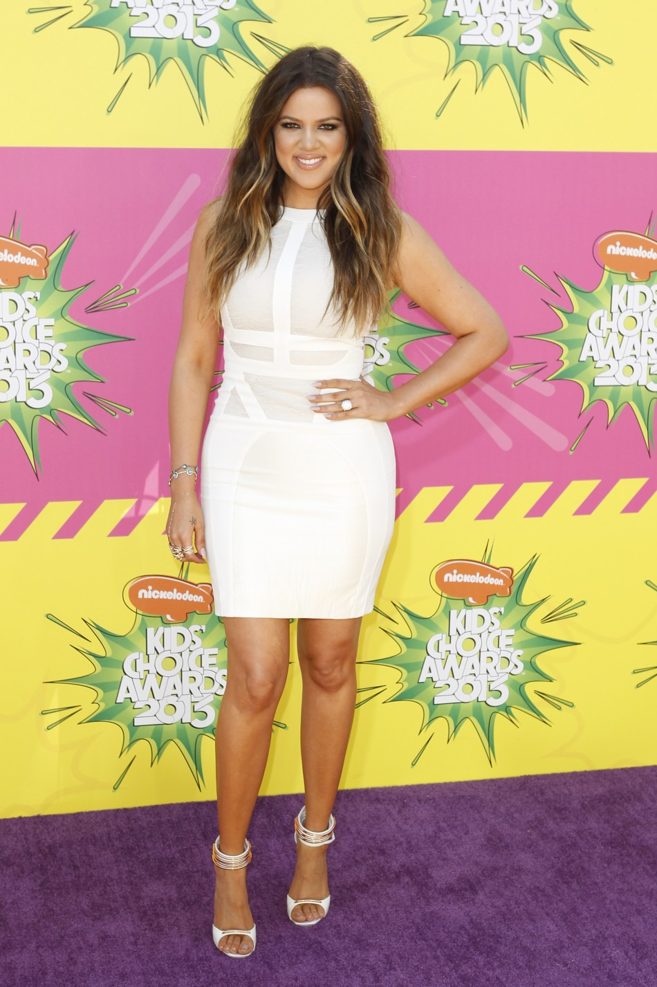 Actress Khloe Kardashian arrives at the 2013 Kids' Choice Awards