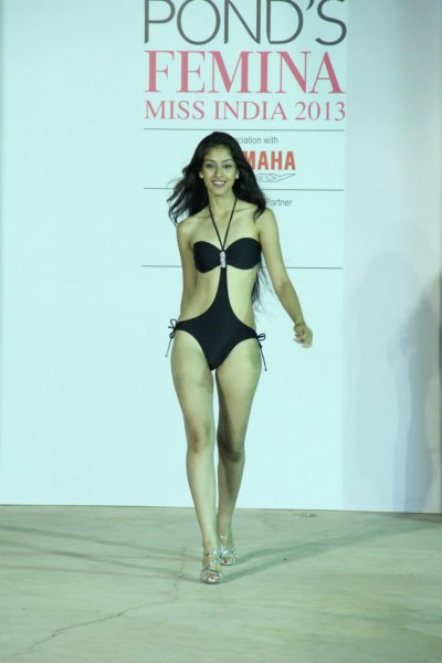 Navneet Kaur Dhillon is the new Ponds Femina Miss India