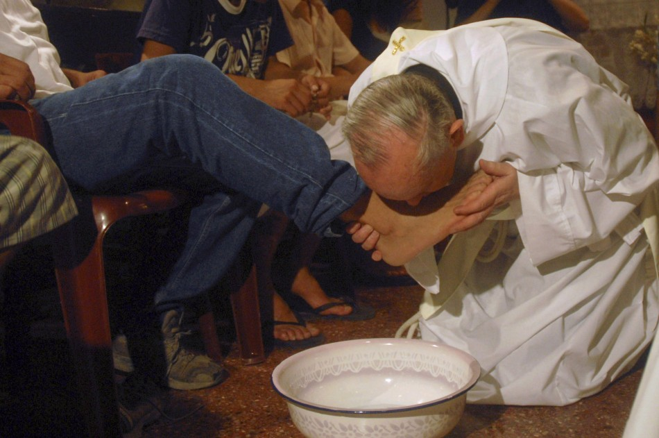 Then Cardinal Jorge Mario Bergoglio, now Pope Francis, washes feet of drug addicts in 2008