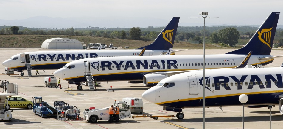 Ryanair Allows Use of Mobiles During Take Off and Landing