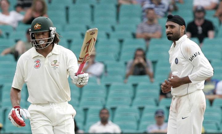 Andrew Symonds (L) and Harbhajan Singh