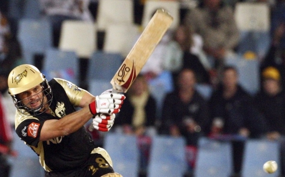Brad Hodge of Kolkata Knight Riders