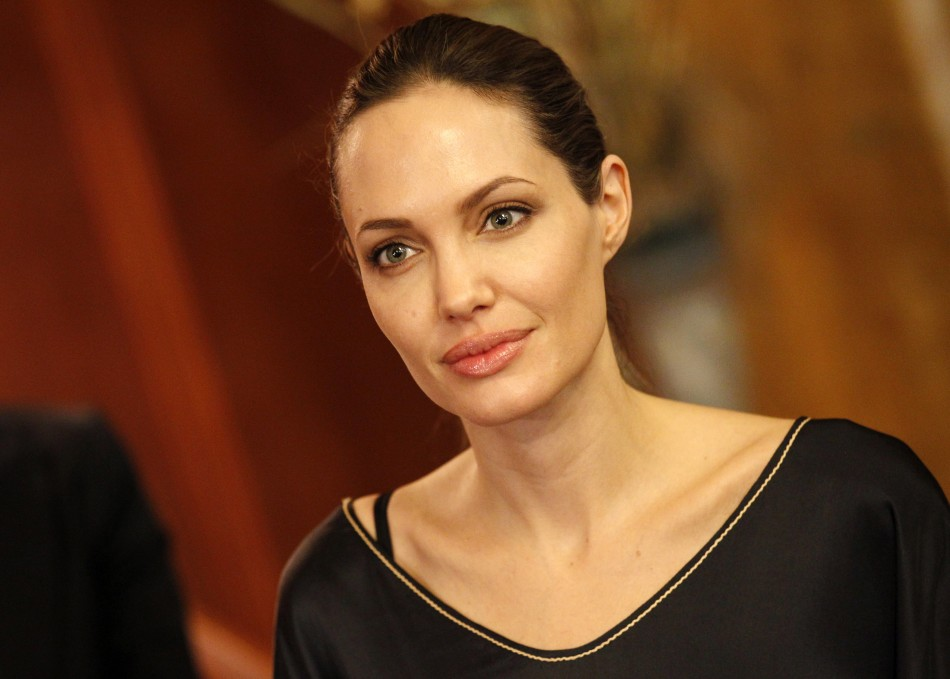 Angelina Jolie to sell jewelry line to fund overseas schools