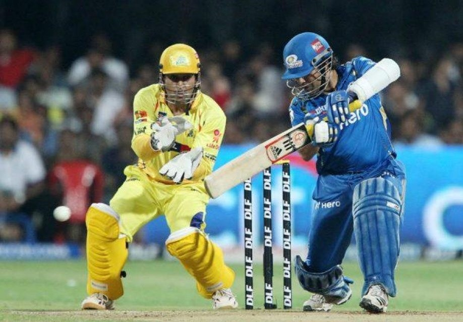 CSK' MS Dhoni and MI's Sachin Tendulkar