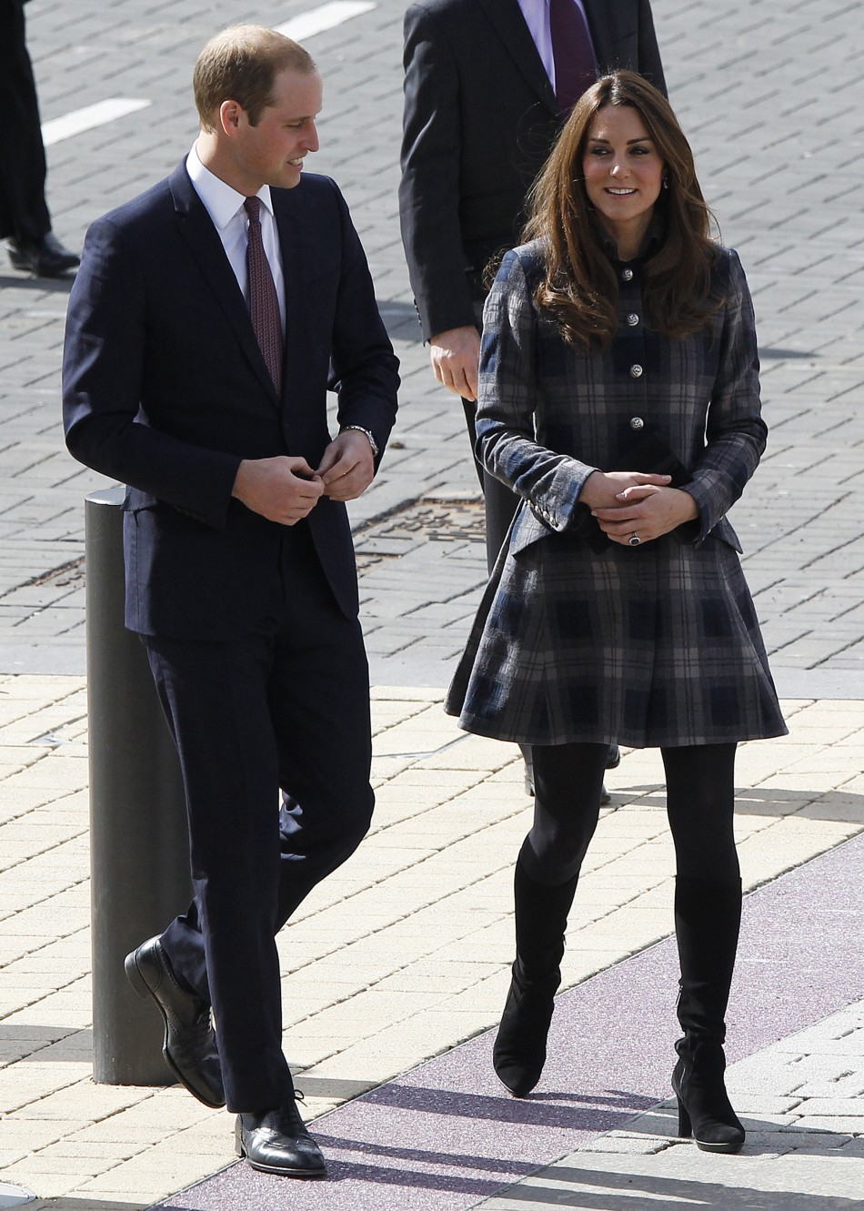 Britains Prince William and his wife Catherine, Duchess of Cambridge arrive for their visit to the Emirates Arena in Glasgow, Scotland April 4, 2013