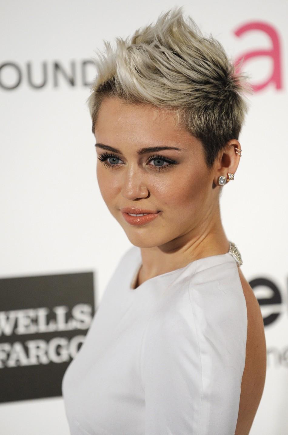 Was Miley Cyrus Smoking Marijuana In Miami