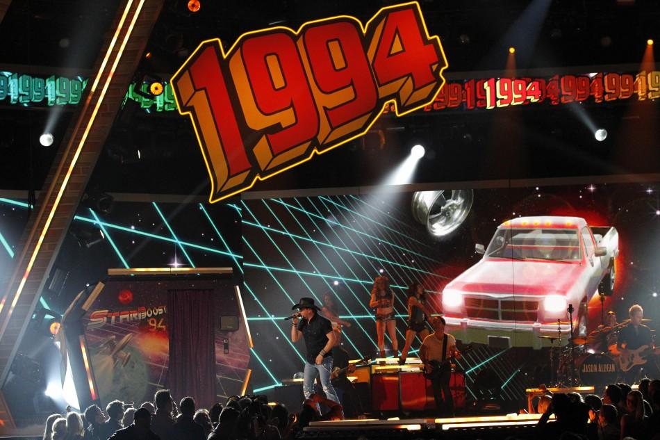 Jason Aldean performs 1994 at the 48th ACM Awards in Las Vegas, April 7, 2013.