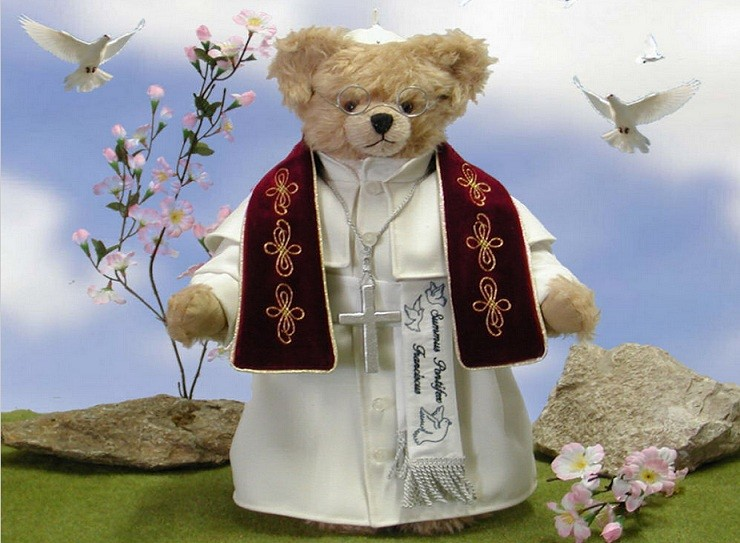 Holy Bear for sale: Pope Francis spectacles included