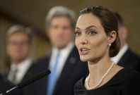 NEWSBREAK: Angelina Jolie Undergoes Double Mastectomy