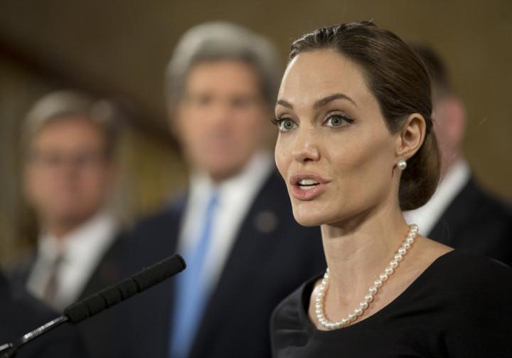 NEWSBREAK: Angelina Jolie Undergoes Double Mastectomy