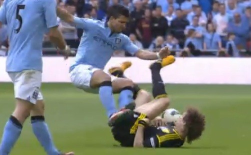 Sergio Aguero and David Luiz