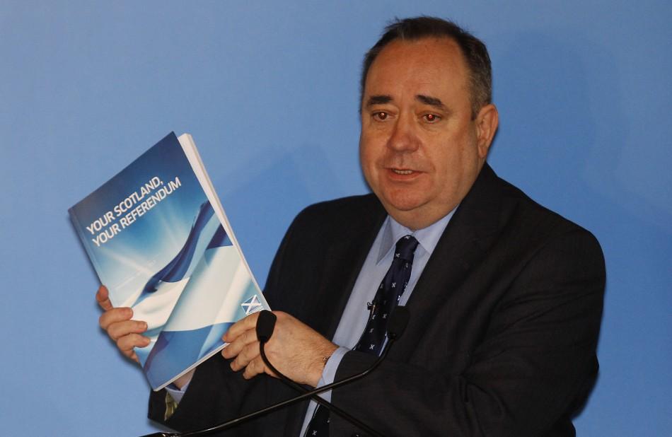 Alex Salmond with SNP referendum manifesto
