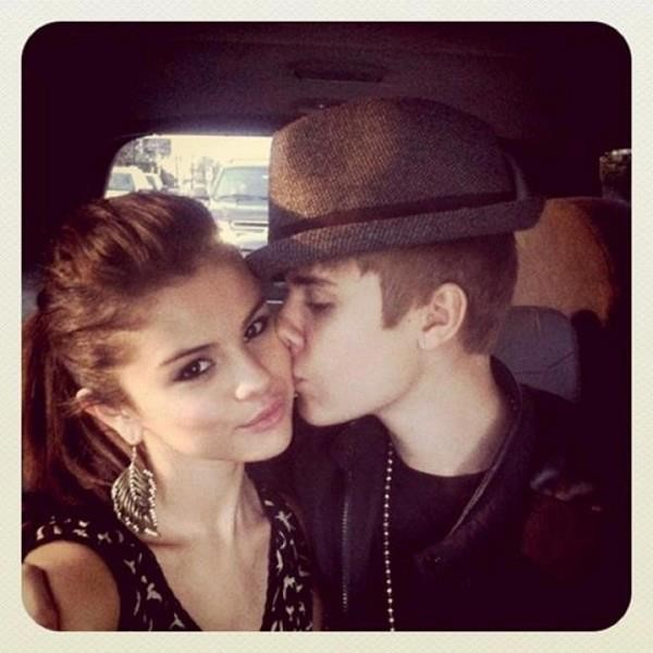 Selena Gomez  Justin Bieber in Trial Period Dating