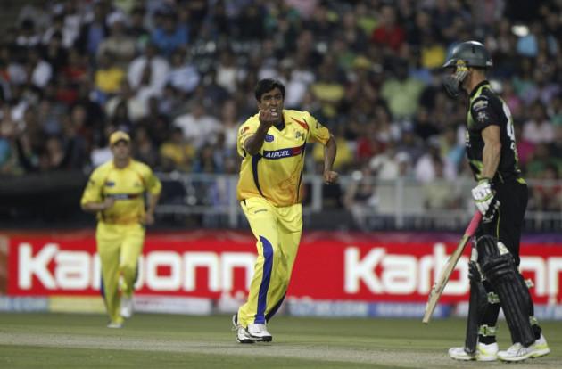 Ravichandran Aswhin (L) (IPL 2009)