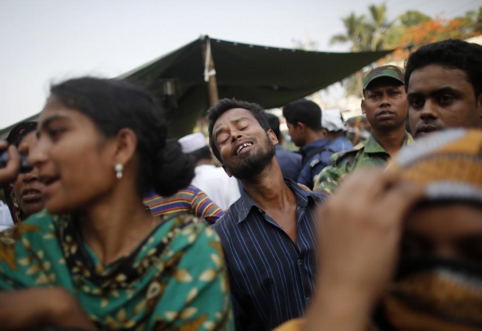 Bangladesh Factory Building Collapse Photos