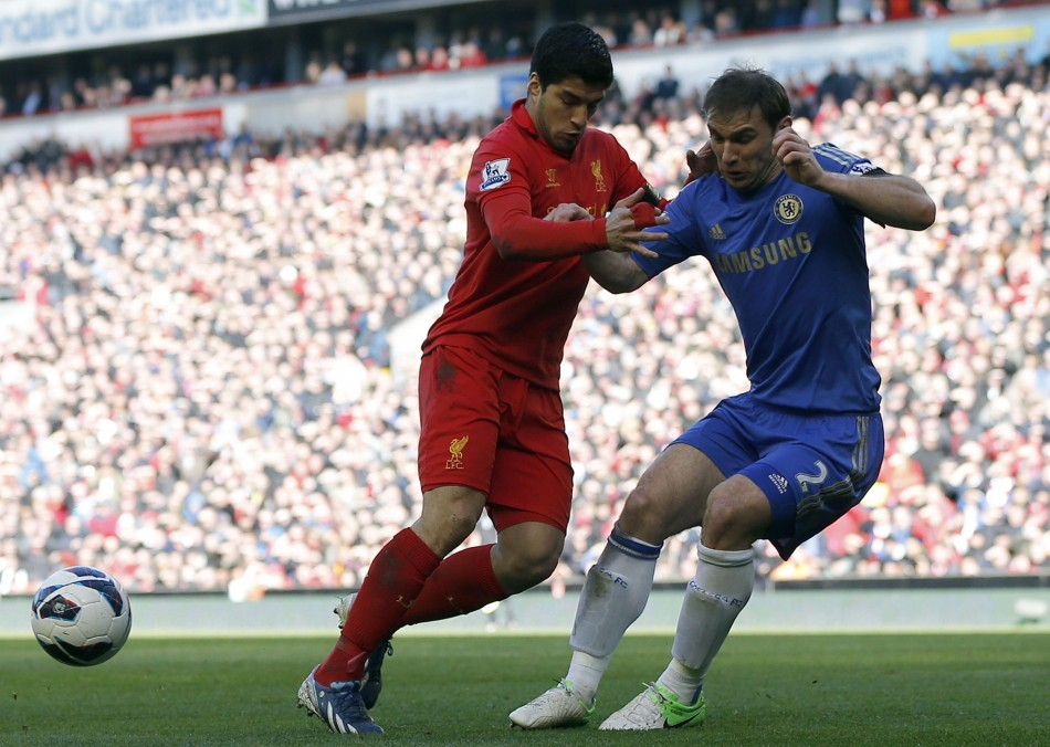 Luis Suarez (L) and Branislav Ivanovic