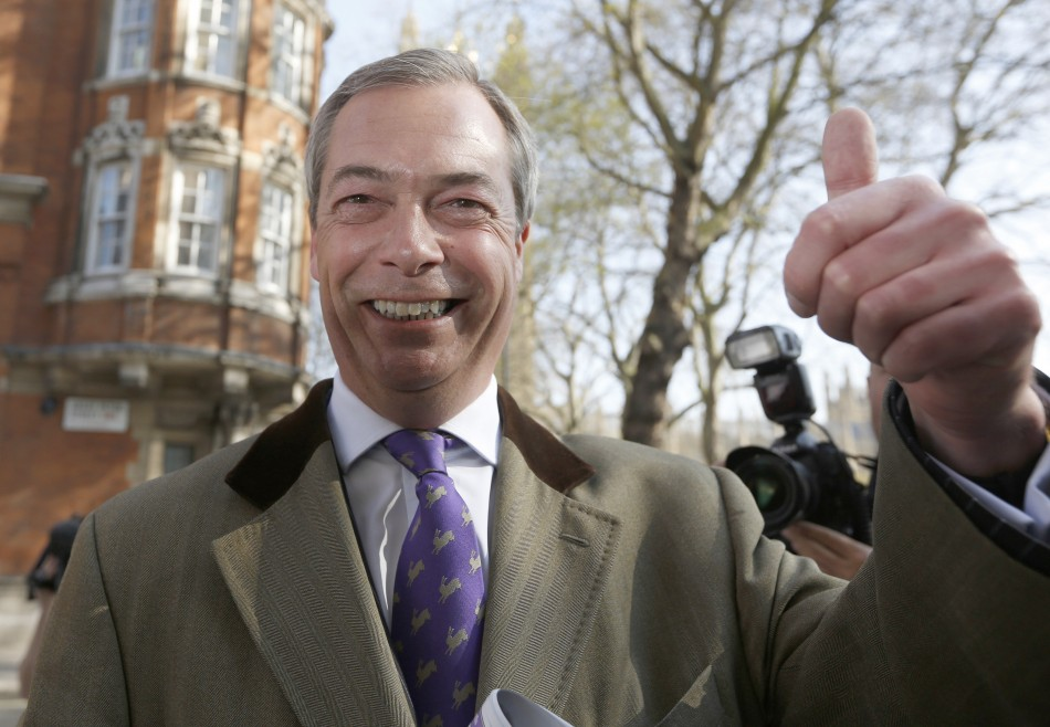 Nigel Farage gives the thumbs up as he arrives at Milbank studios