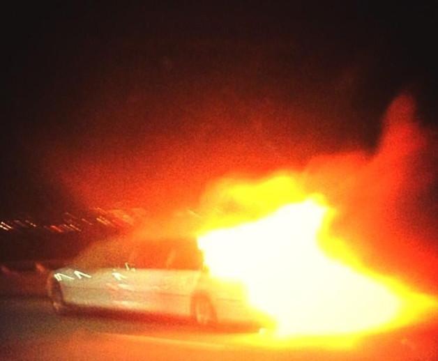 Limo fire on the San Mateo-Hayward Bridge, California that left 5 dead.