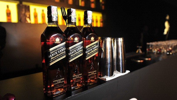 Paul Walsh to retire from Diageo Plc - maker of Johnnie Walker