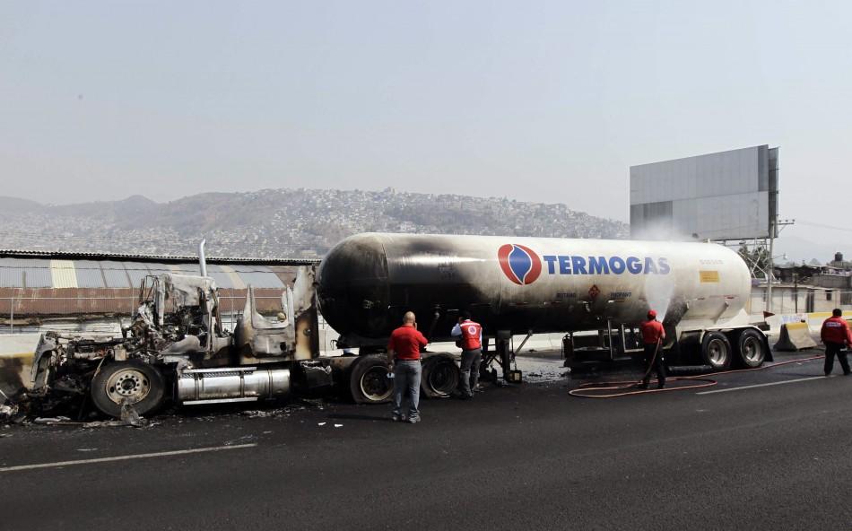 mexico tanker blast